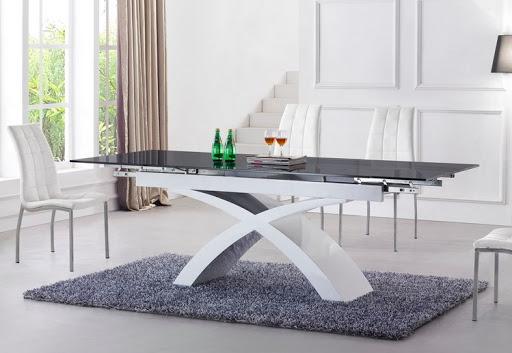 как выбрать стол по форме