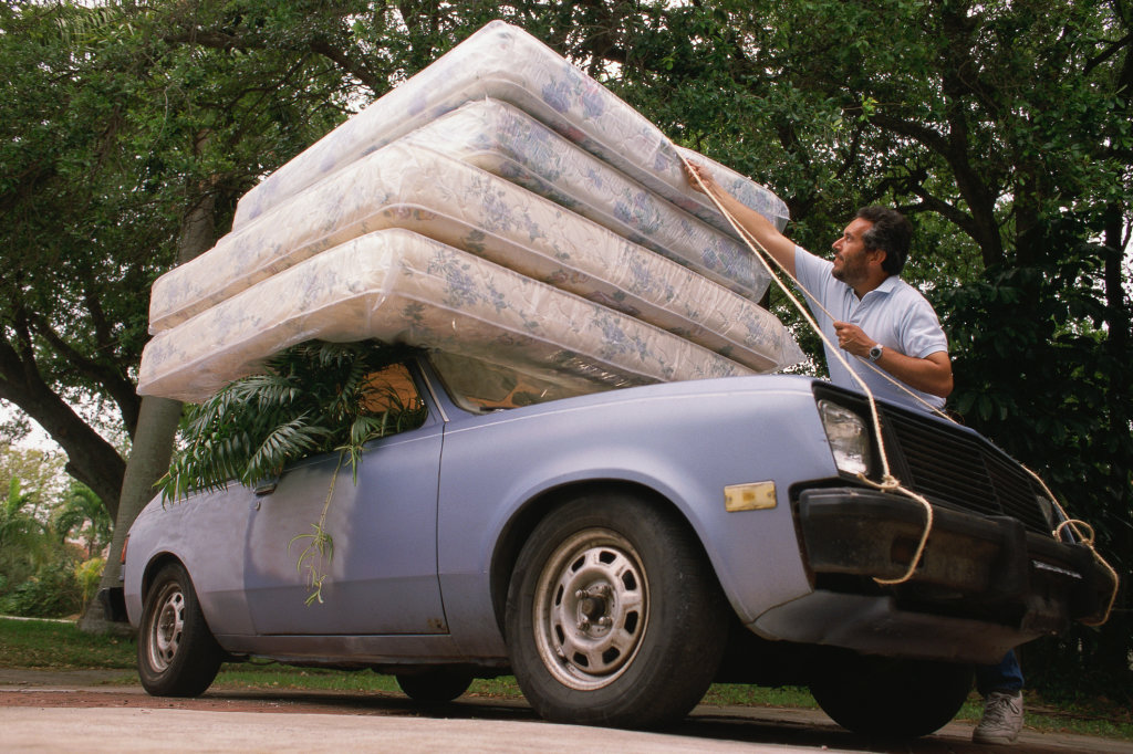 как перевезти матрас на легковом авто