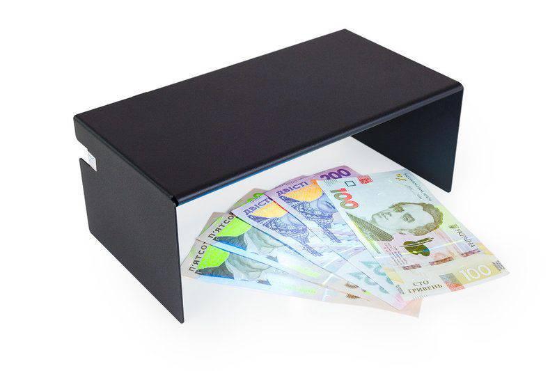 как проверить банкноту в детекторе валют