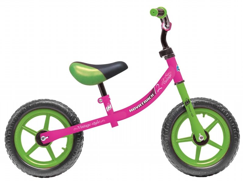 Беговел — велосипед без педалей для самых маленьких детей