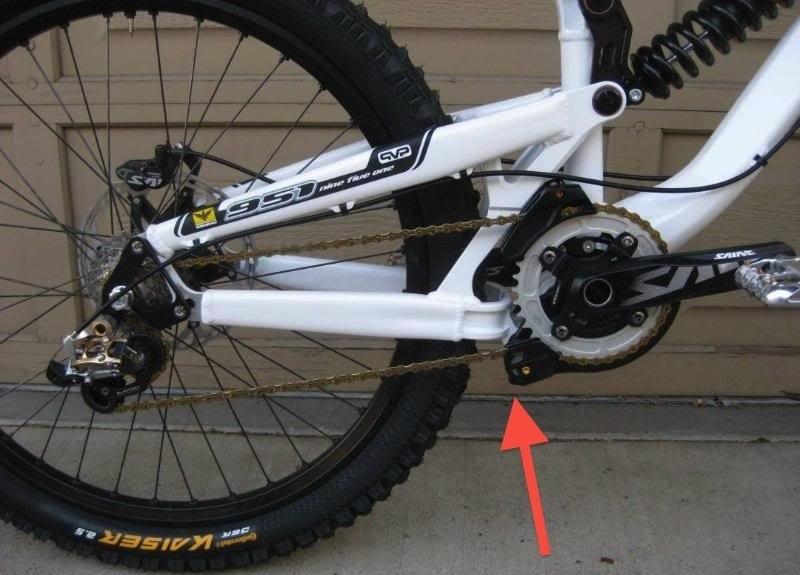 Установка успокоителя цепи на велосипед