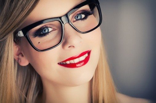 очки с фотохромными линзами