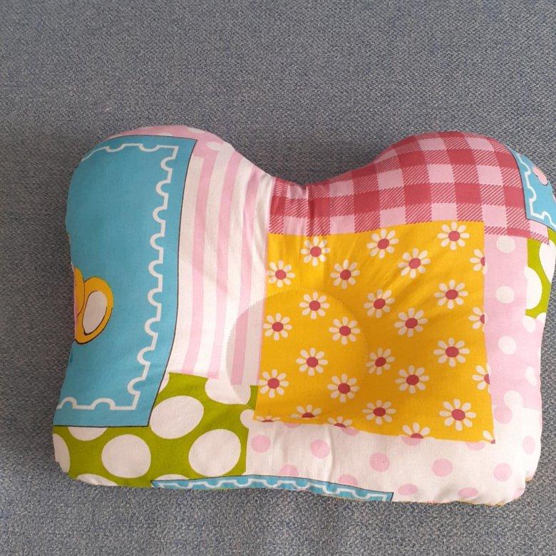 детская подушка-думка с выемкой под голову
