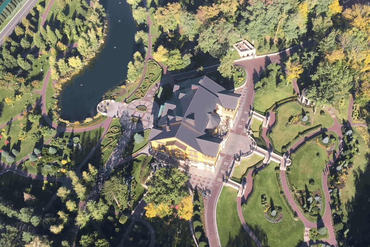 Вертолетная экскурсия в Межигорье
