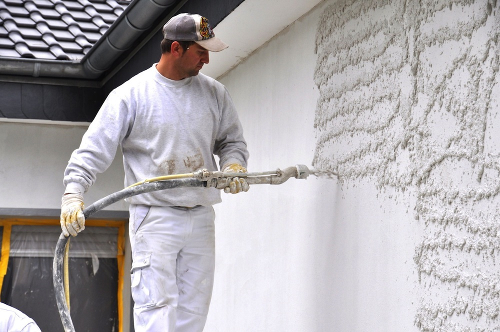 плюсы выравнивания стен в панельном доме