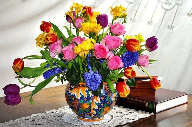Ухаживаем за цветами в вазе