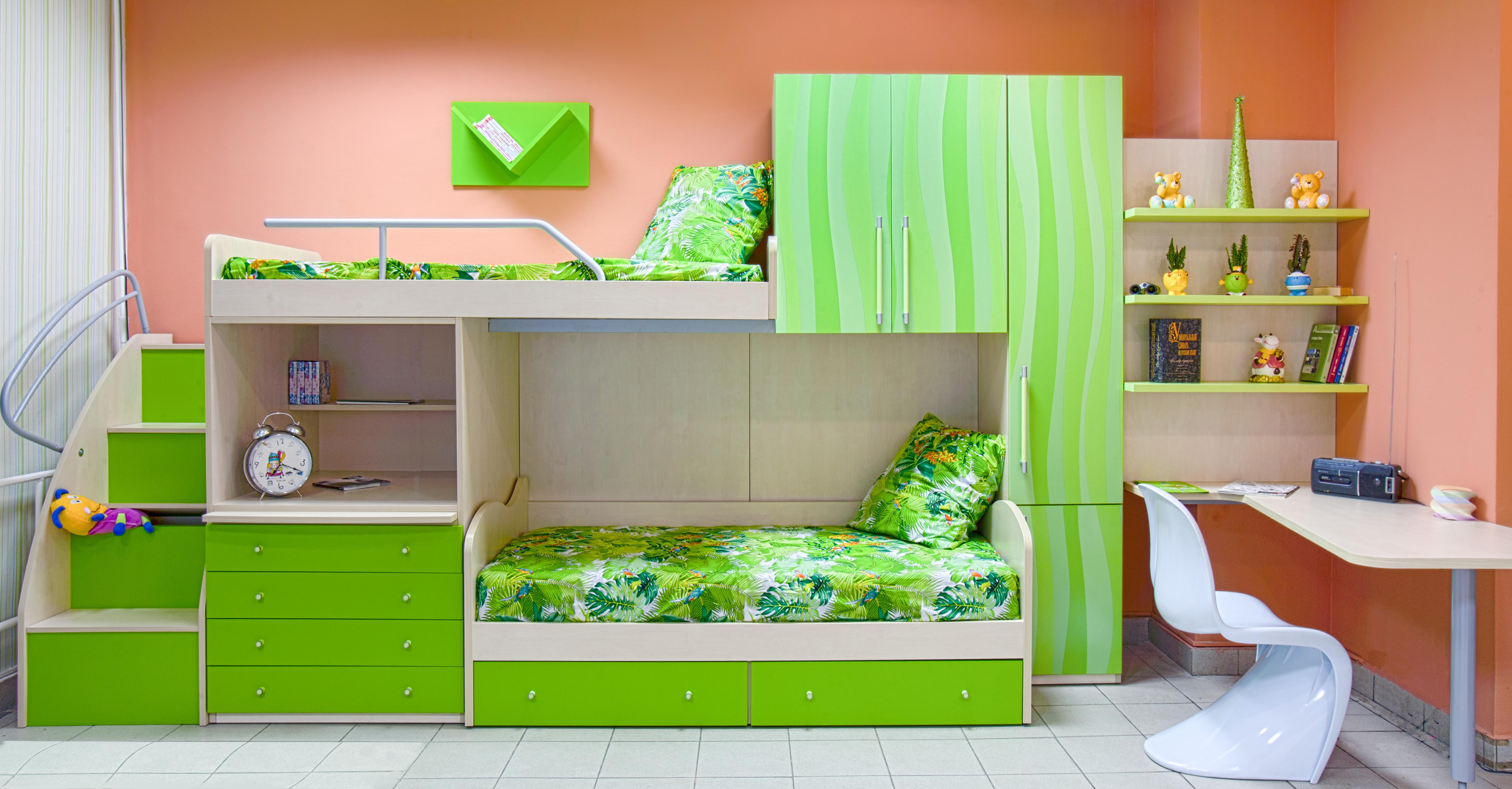 мебель для кухни и спальни