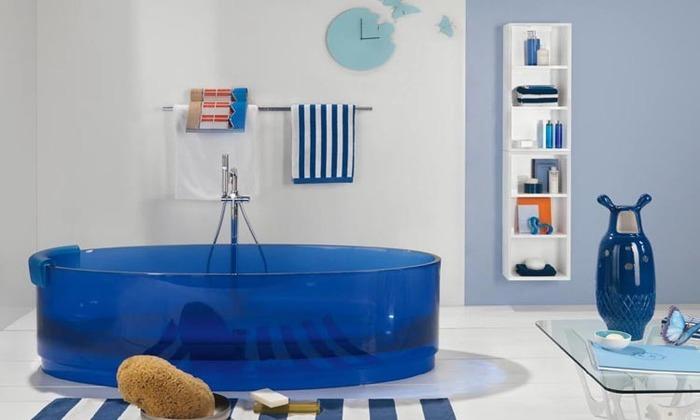 современная ванна из пластика