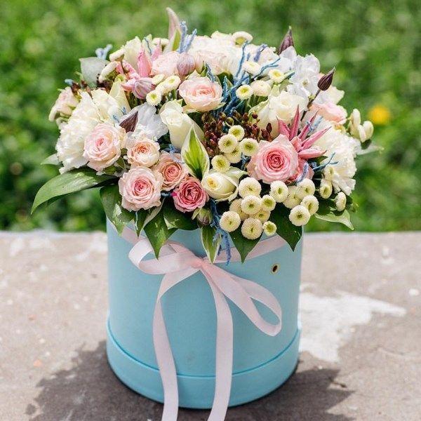 Лучший подарок - цветы в коробке