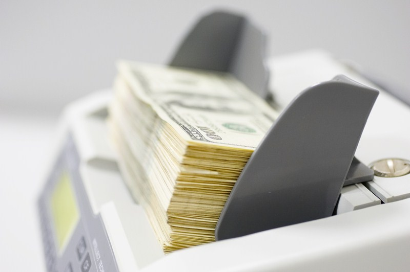 Обзор счетчиков банкнот Cassida для малого и среднего бизнеса